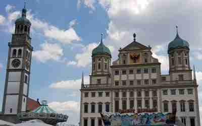 Der Rathausplatz in Augsburg