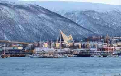 Die Eismeerkathedrale in Tromsø